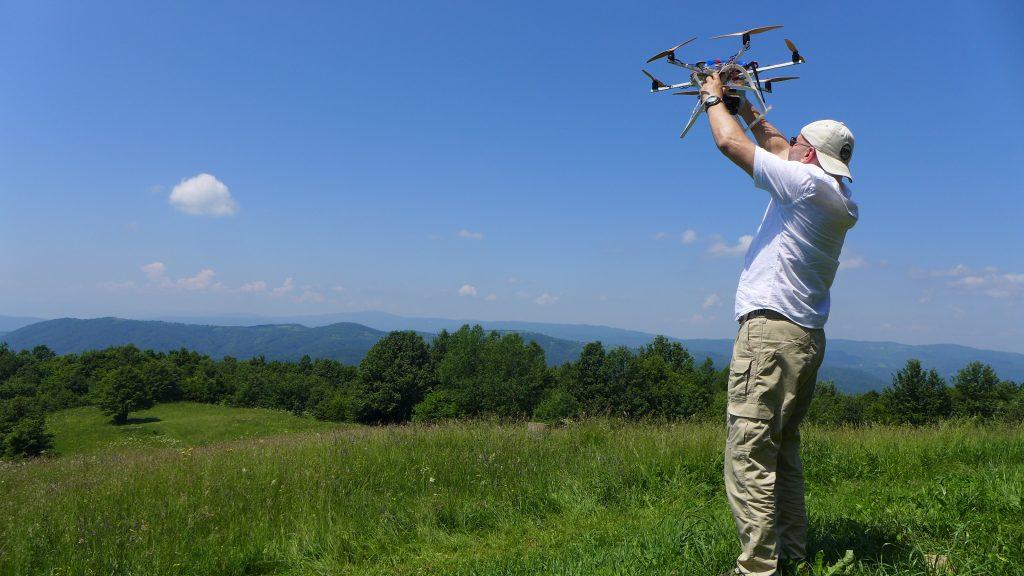priprema drona za let